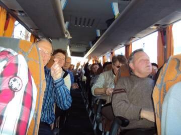 Geselligkeit im Bus